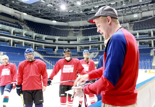 Обучение в школе хоккея